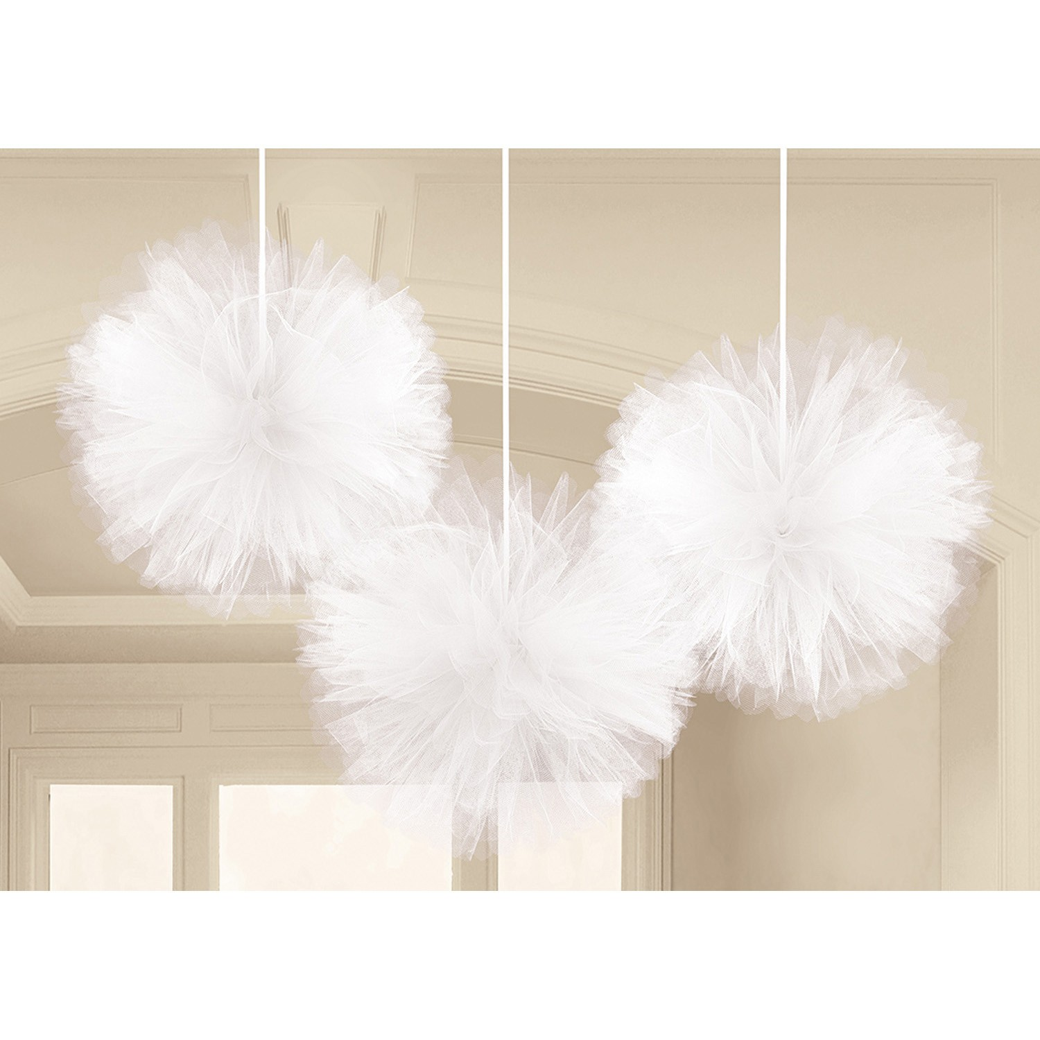 Set-3-pampoane-decorative-suspendate-din-tulle-alb-30-cm