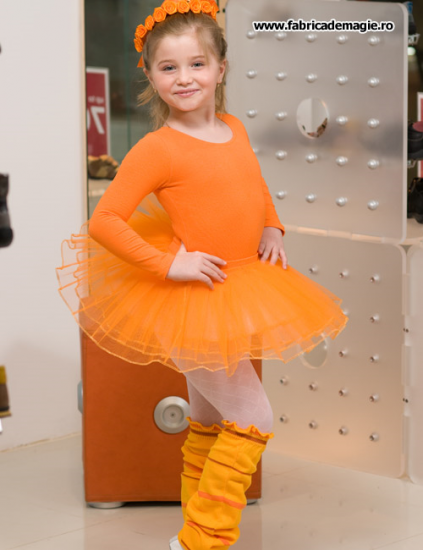 costum-orange-balerina